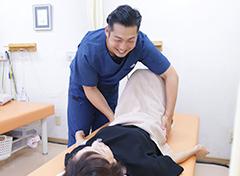 出雲 竹﨑鍼灸整骨院の施術風景