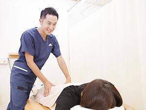 出雲 竹﨑鍼灸整骨院の施術風景写真