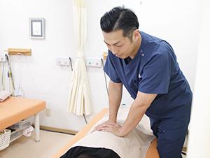 出雲 竹﨑鍼灸整骨院の整体施術写真